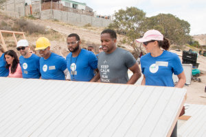 Rebecca and teammates building a house in Mexico with Hope Sports