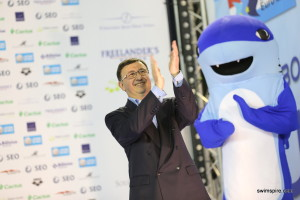 FLNS President Stacchiotti and Euro Meet Mascot Flossi Hammer welcome you to Luxembourg!